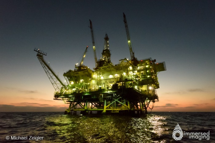 mz_oil_rig_night-2
